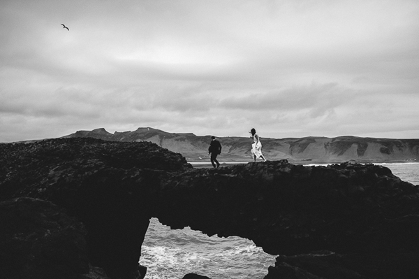 beach-elopement-wedding-beach-iceland