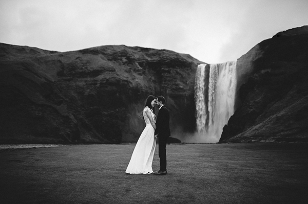 iceland-elopement-outdoor-wedding-ideas