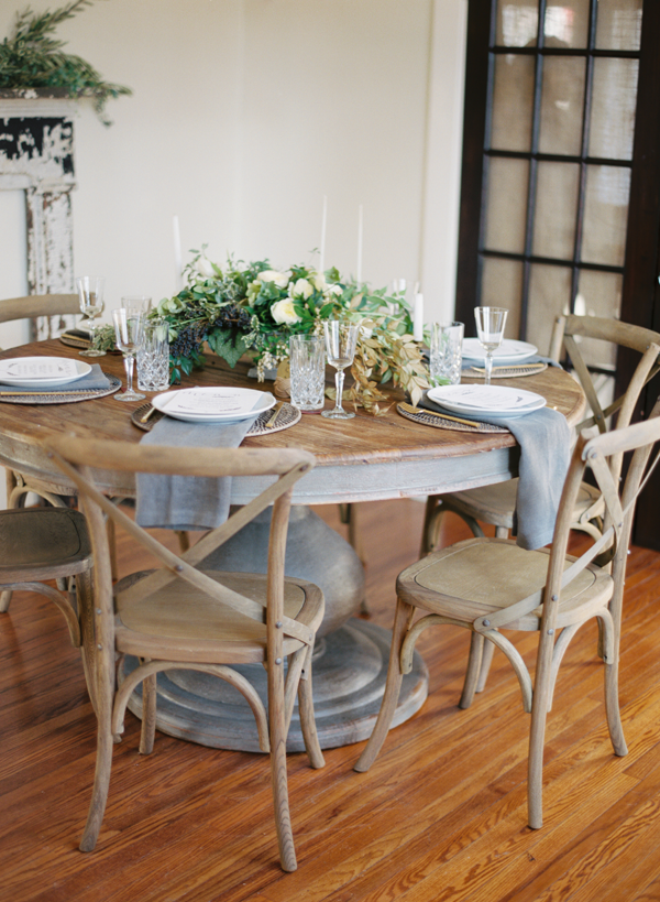 Rustic Round Kitchen Table And Chairs