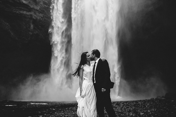 romantic-iceland-elopement