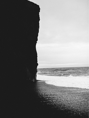 wedding-iceland-elopement-beach2