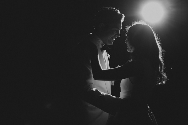 black-and-white-wedding-first-dance