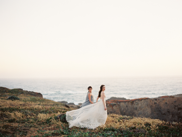 bride-bridesmaid-beach-wedding-photography
