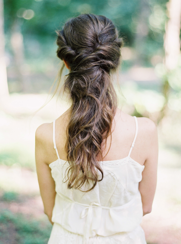 casual-elegant-wedding-hair