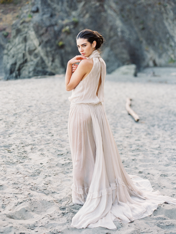 elegant-beach-wedding-photo-ideas