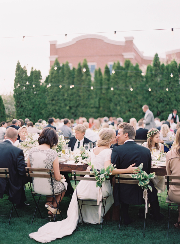 elegant-outdoor-wedding-ideas-white