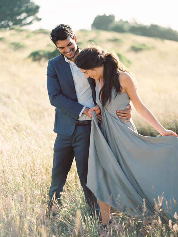 ethereal-engagement-photo-ideas
