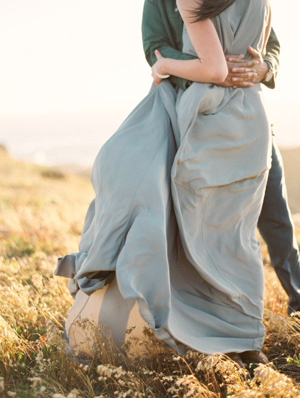 ethereal-engagement-session-photo-ideas
