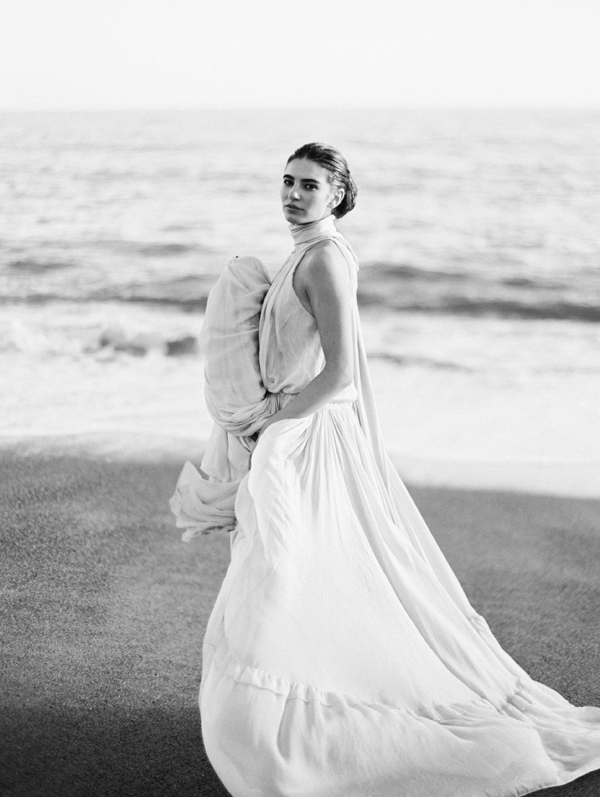flowing-beach-wedding-dress