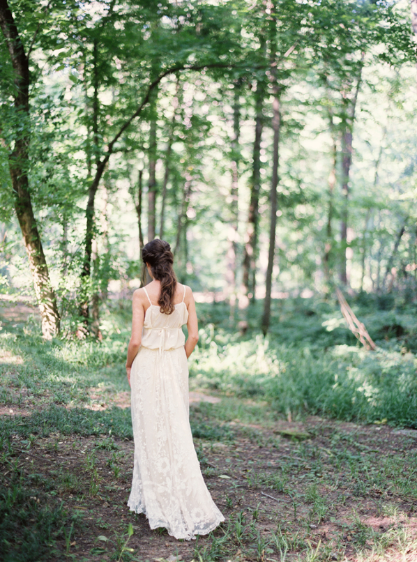 gossamer-vintage-wedding-dress-forest