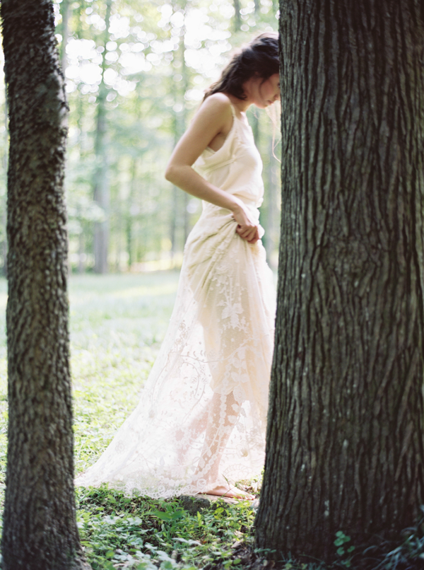 gossamer-vintage-wedding-dress1