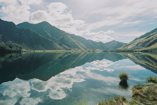 jonas-peterson-new-zealand-mountains-lake-landscape