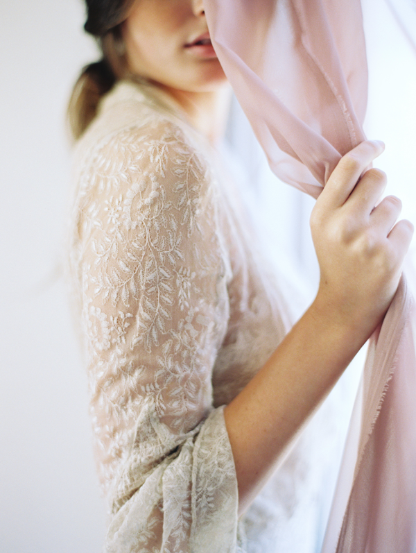 romantic-ethereal-wedding-ideas-boudoir