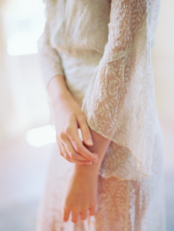 romantic-wedding-boudoir-session-ideas