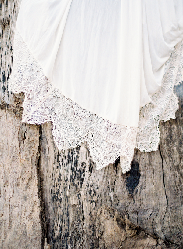 lace-wedding-dress-detail