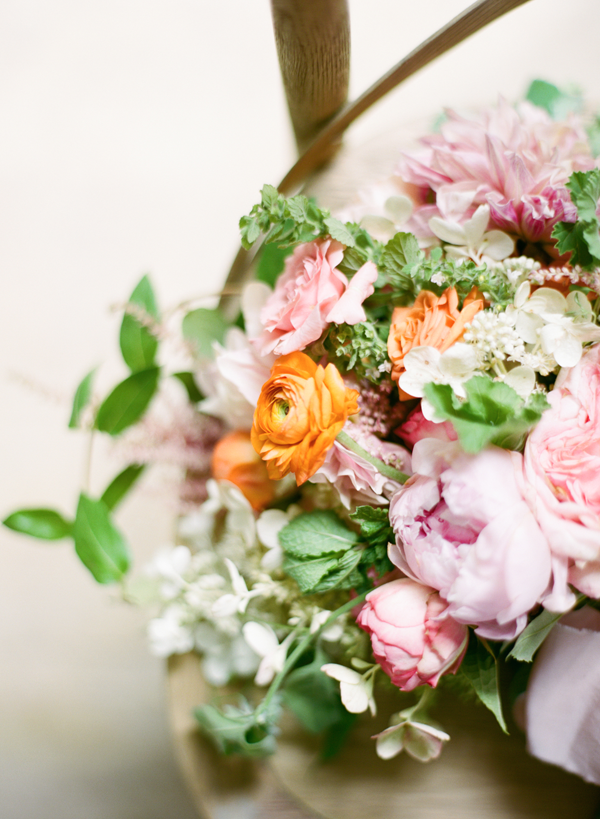 Delicate Spring Wedding Ideas