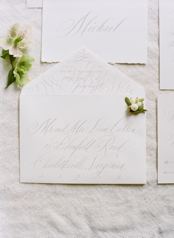 calligraphy-wedding-invitations-elegant-white