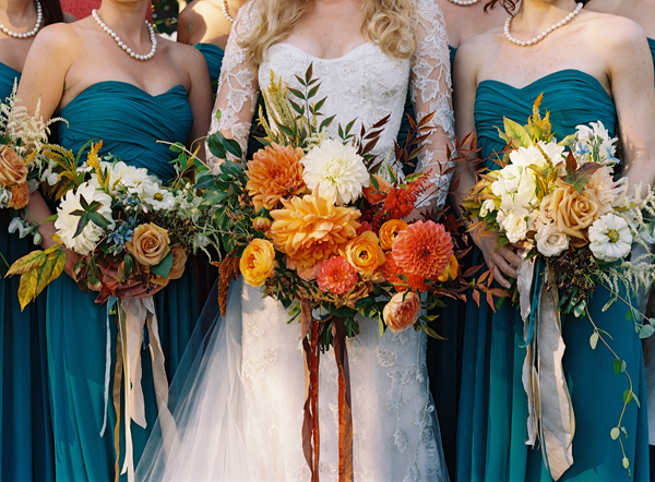 colorful-fall-inspired-wedding-bouquets