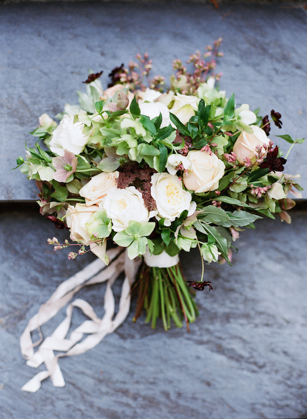 hellebore-wedding-bouquet-ideas