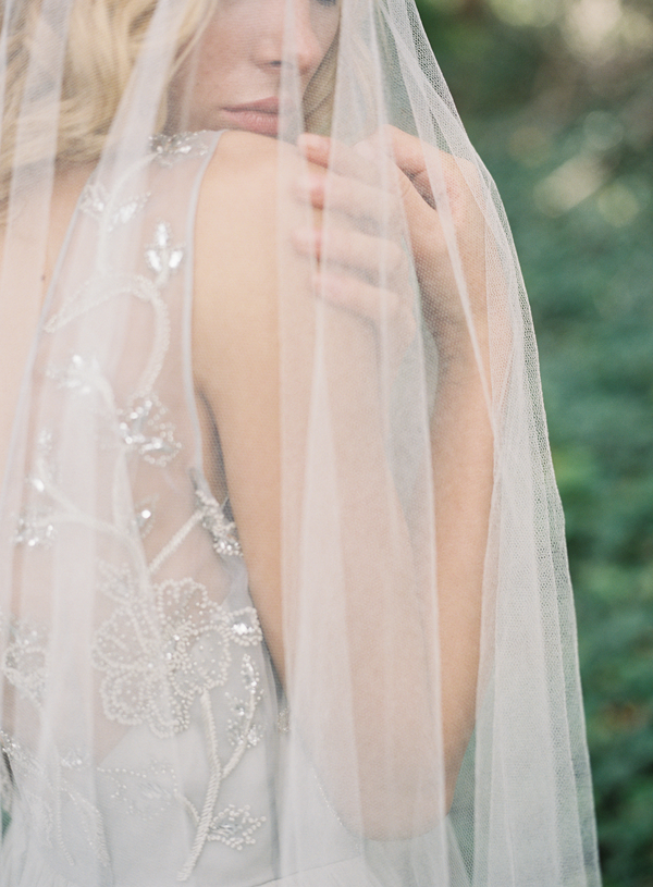 long-veil-wedding-ideas