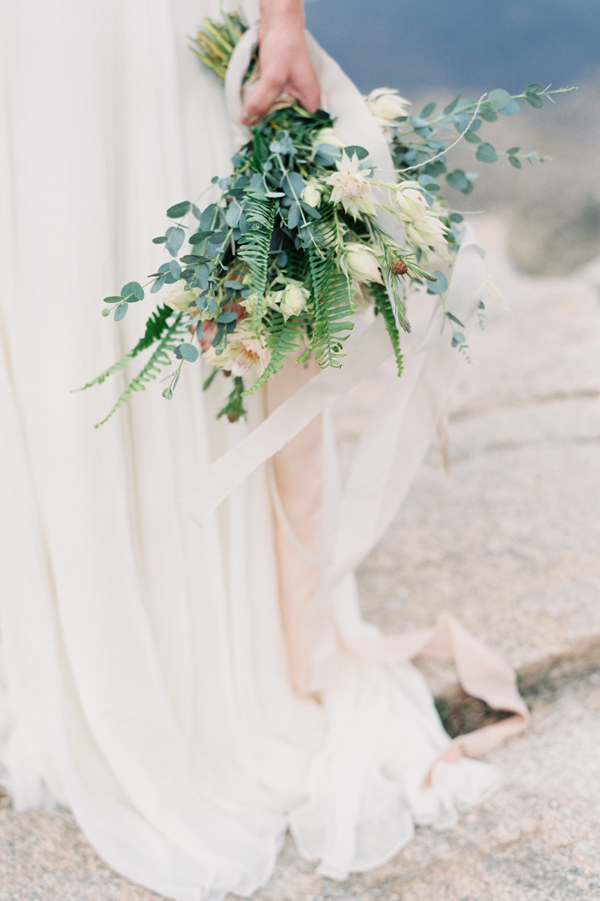 natural-fern-wedding-bouquet