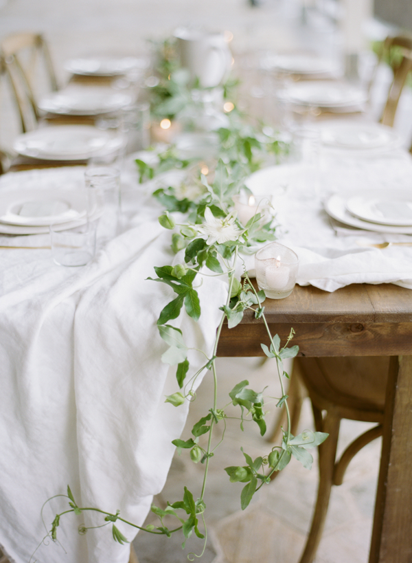 organic-vine-tablescape-wedding-ideas