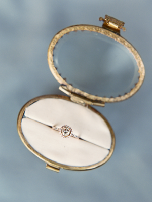ring-box-wedding-ring-shot