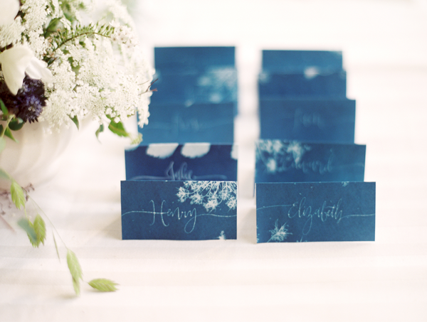 sun-print-wedding-escort-card-ideas