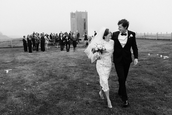 13foggy-nova-scotia-wedding-walking