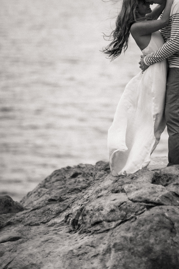 beach-engagement-photography-ideas1