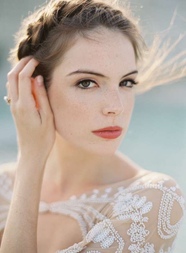 dramatic-natural-bridal-makeup-ideas