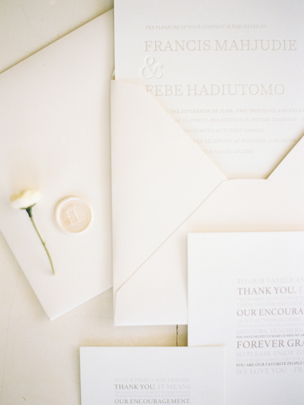 minimalist-white-wedding-invitations-moder