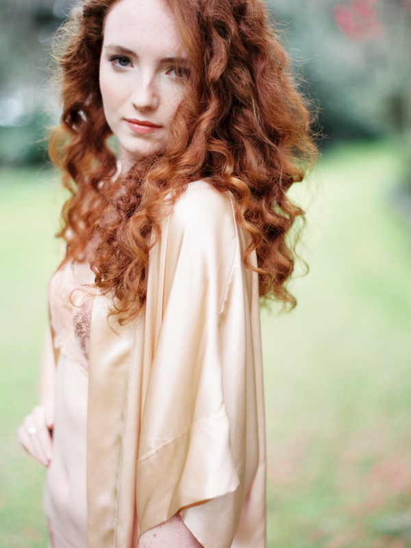 natural-wedding-hair-curly-red