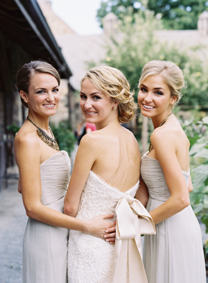 wedding-bridesmaids-photo-ideas