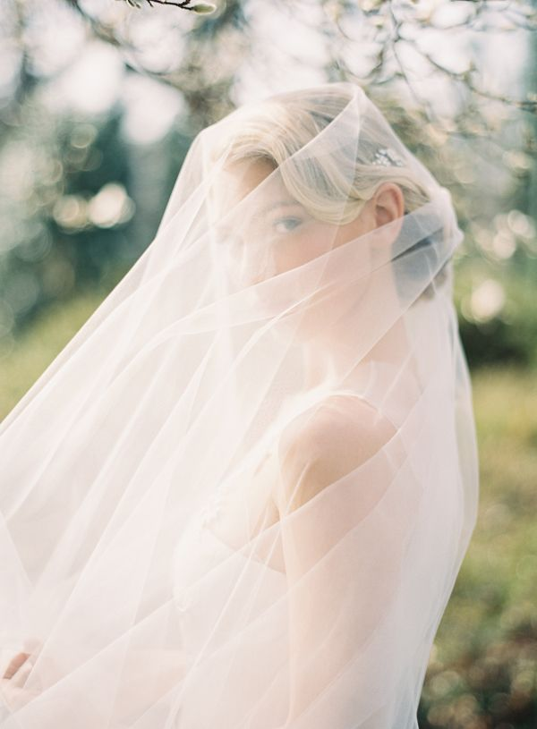 wedding-hairstyles-for-veil