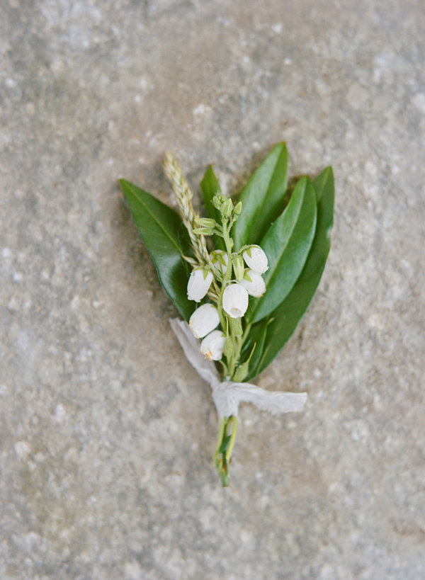 L-lily-of-the-valley-bout