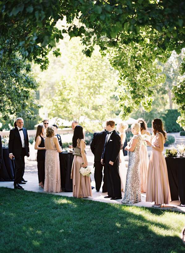 blush-mismatched-bridal-party