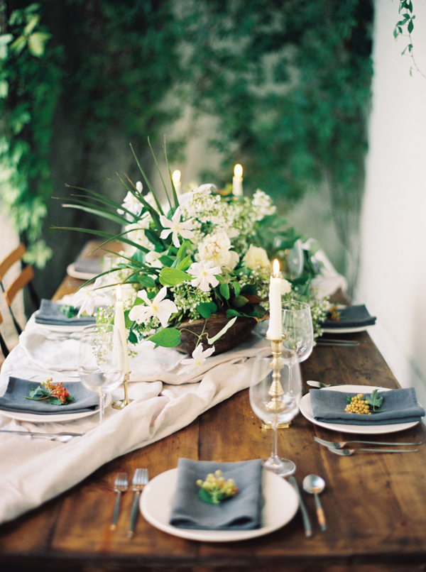 intimate-white-and-green-wedding-ideas