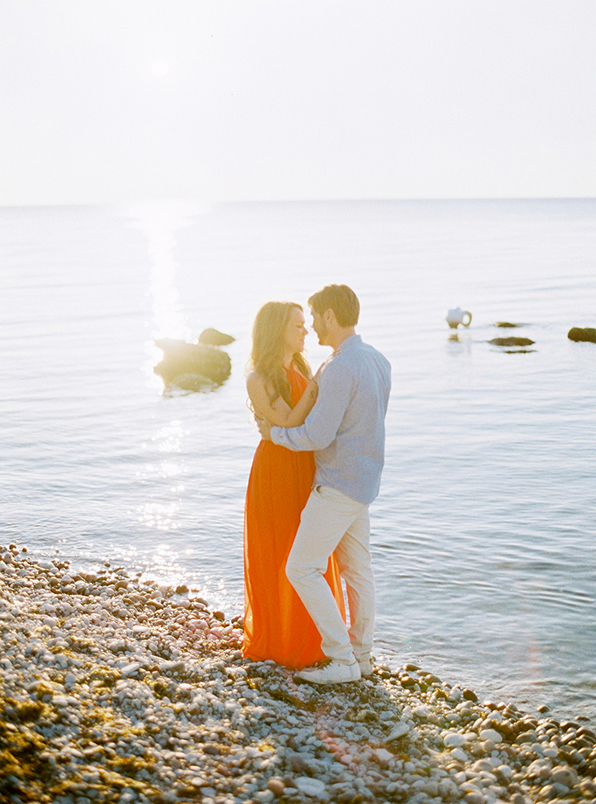 seaside-engagement-session