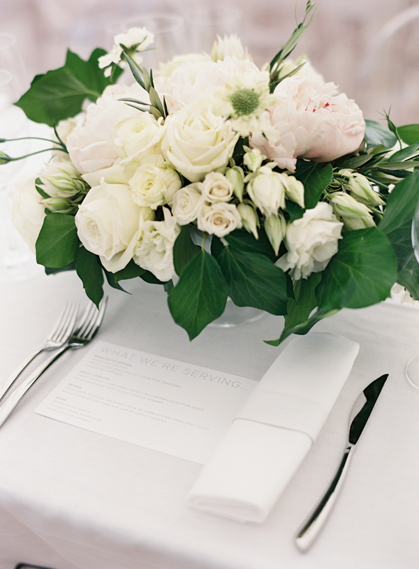 L-white-and-pink-wedding-flowers