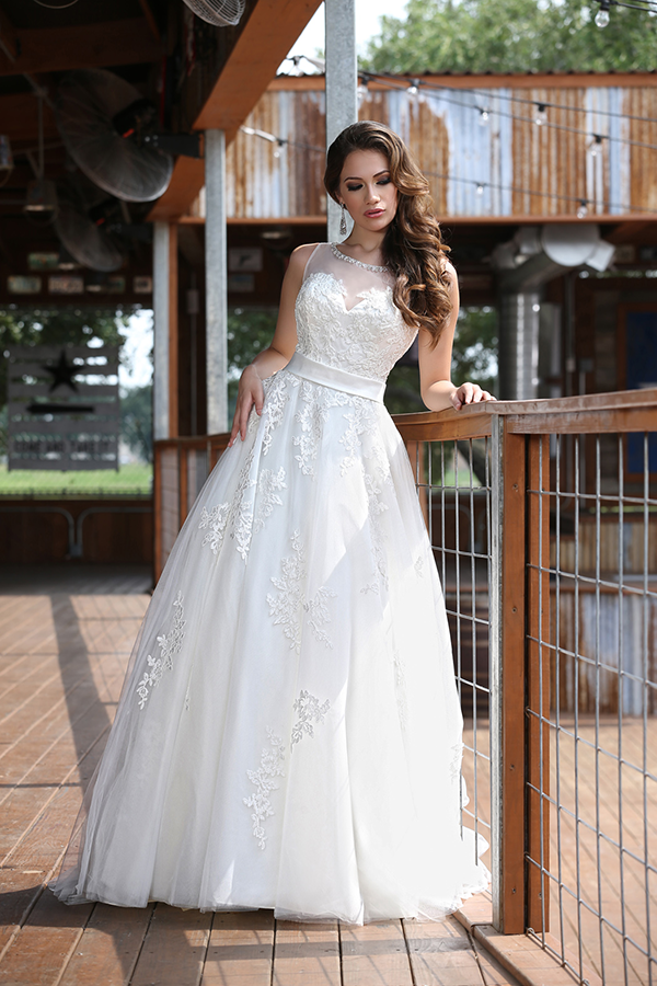 Find the perfect wedding dress from davinci bridal for Da vinci red wedding dress