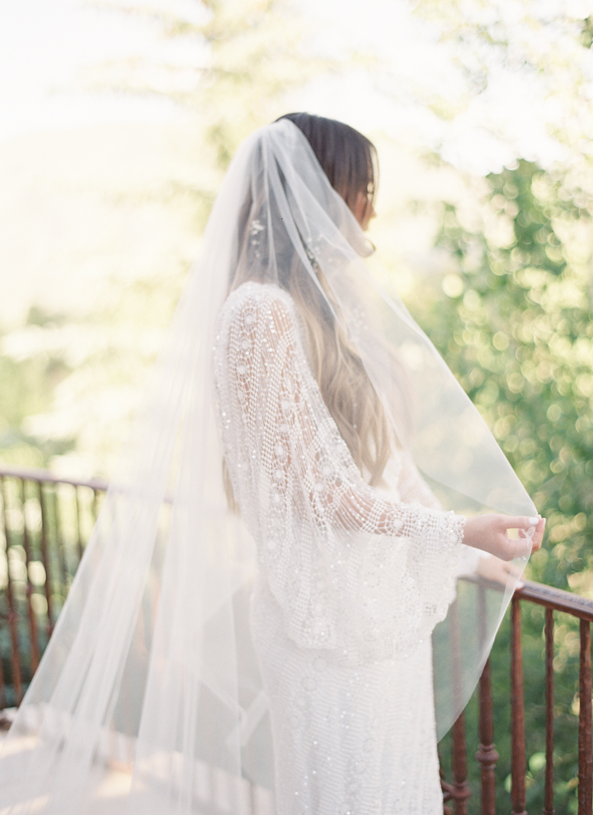 full-length-wedding-veil