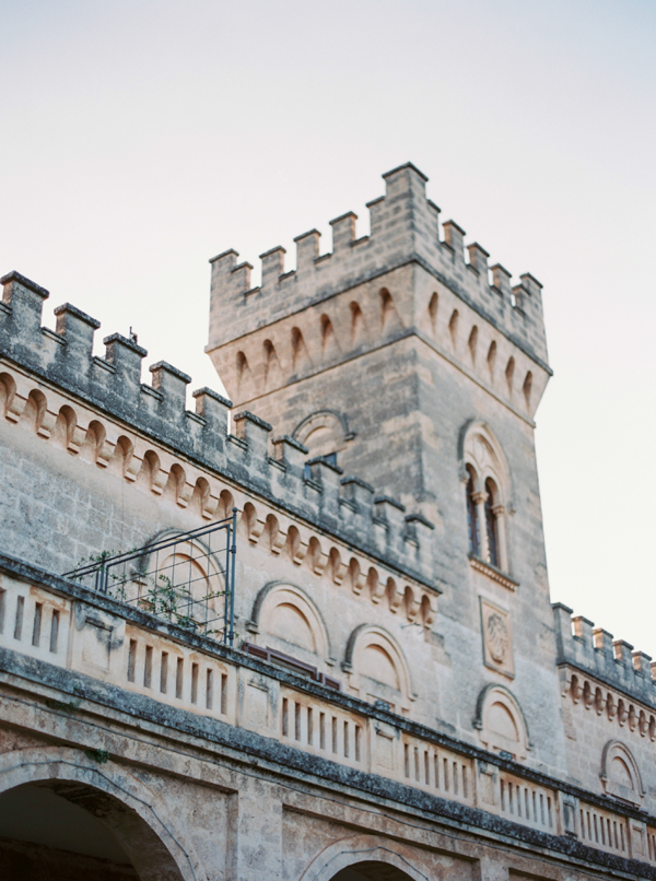 italian-castle-wedding-detail