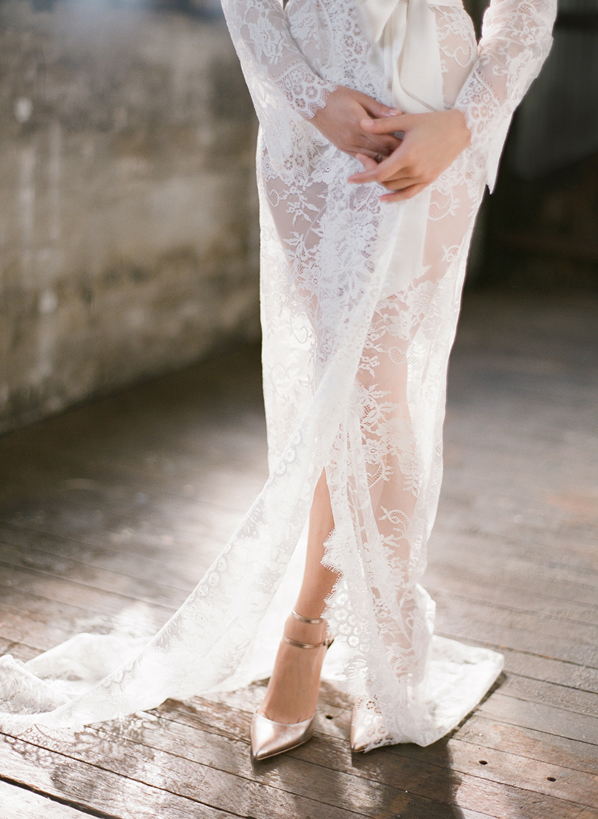 lace-wedding-robe-ideas
