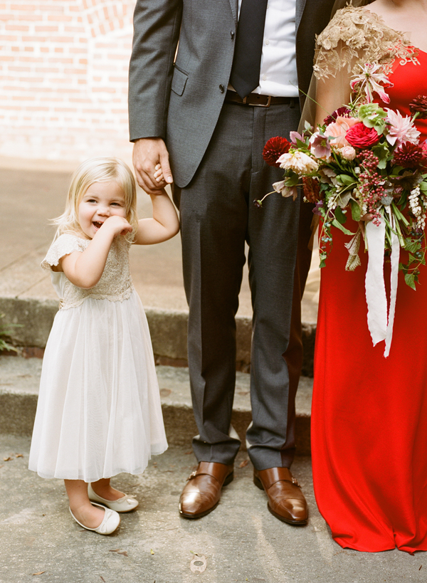 L-flower-girl-outfit-ideas