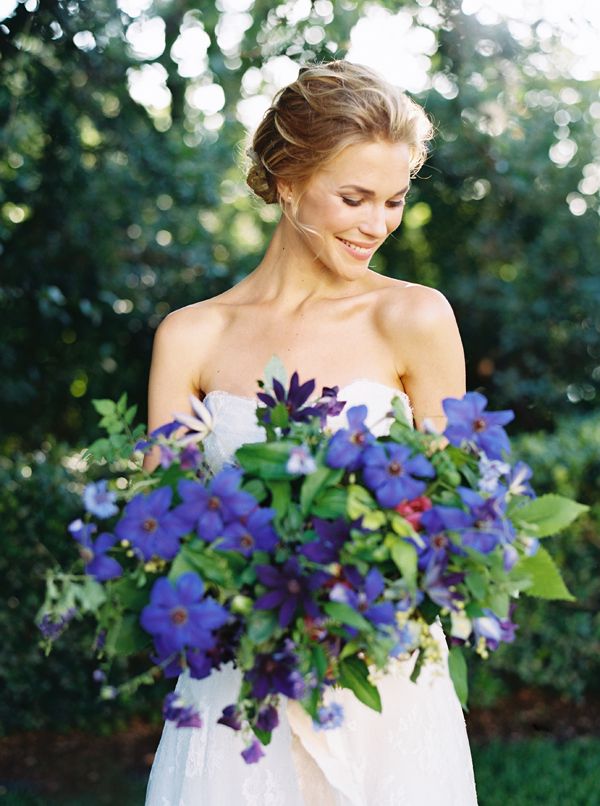 blue-wedding-ideas-bouquet