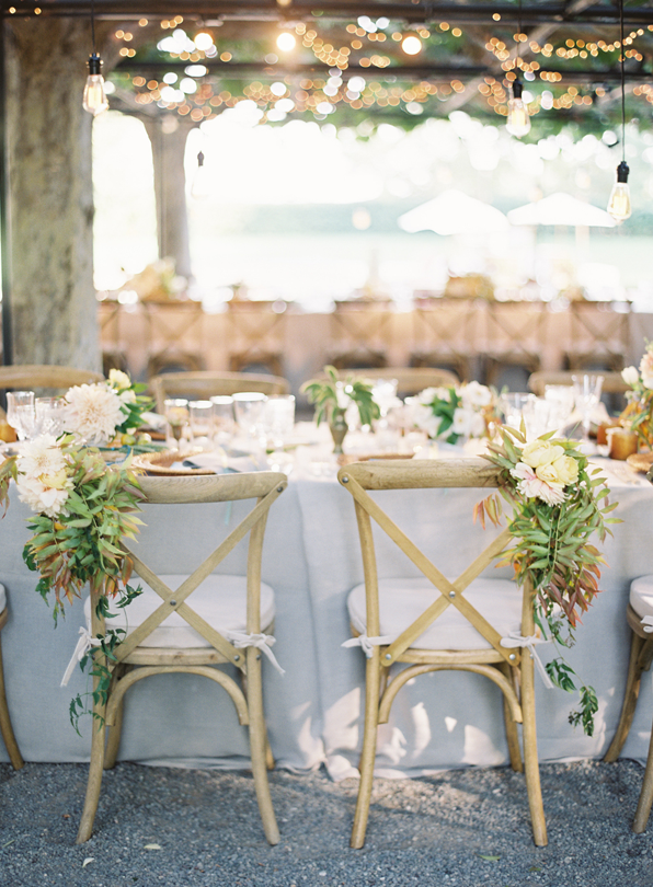 bride-groom-chair-flowers