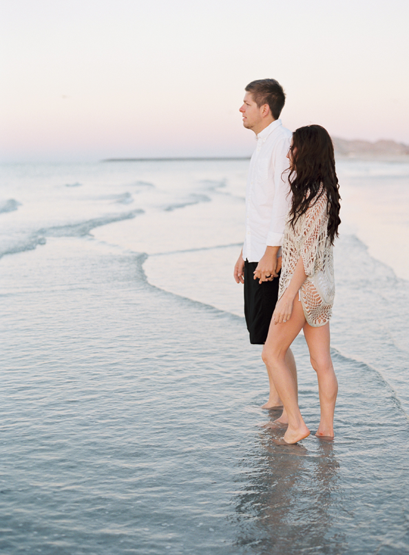 elegant-beach-ocean-engagement-session