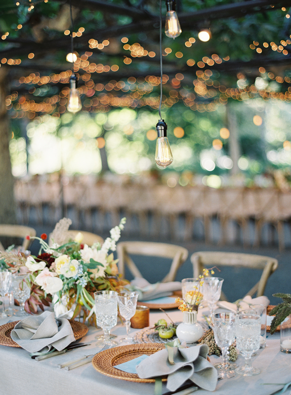 fall-wedding-decor-alternative-table