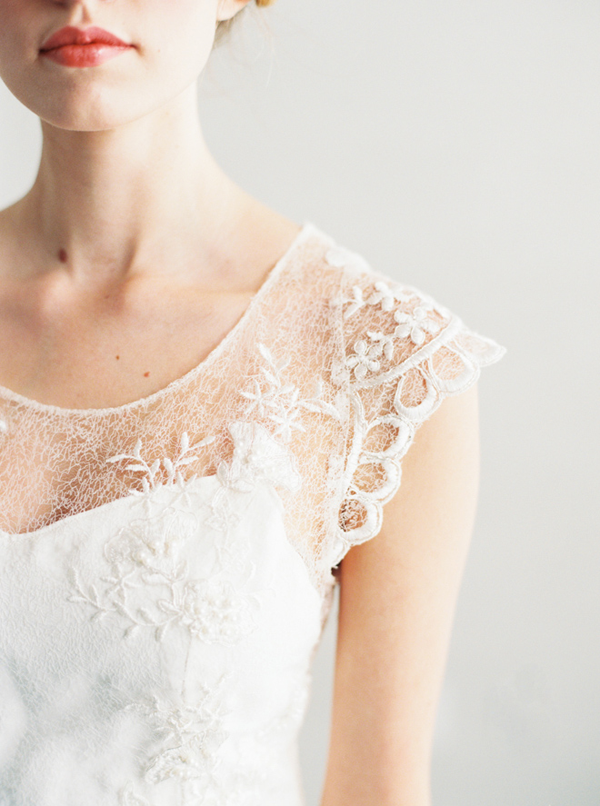 lace-cap-sleeve-wedding-dress1